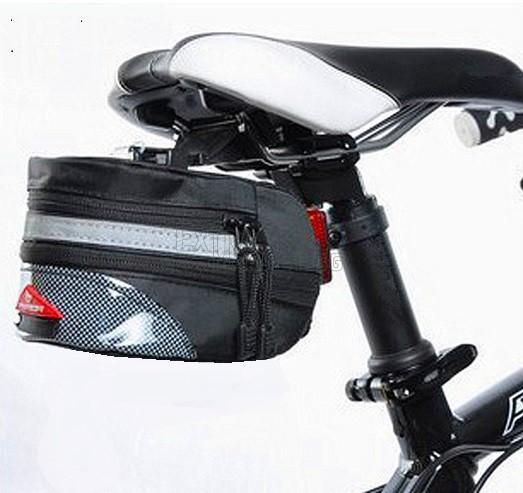 Удобна чантичка за под седалка на колело